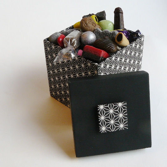 Stella - Presentbox with 250g sweet liquorice